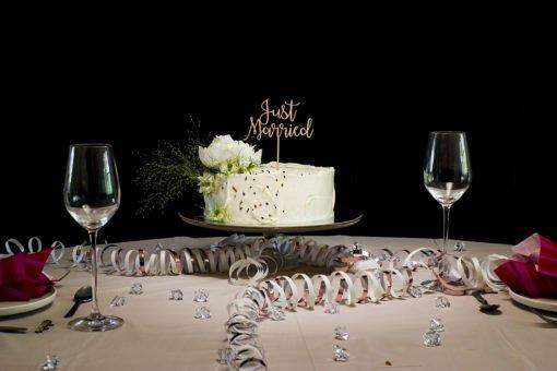 Just Married -kakkukoriste